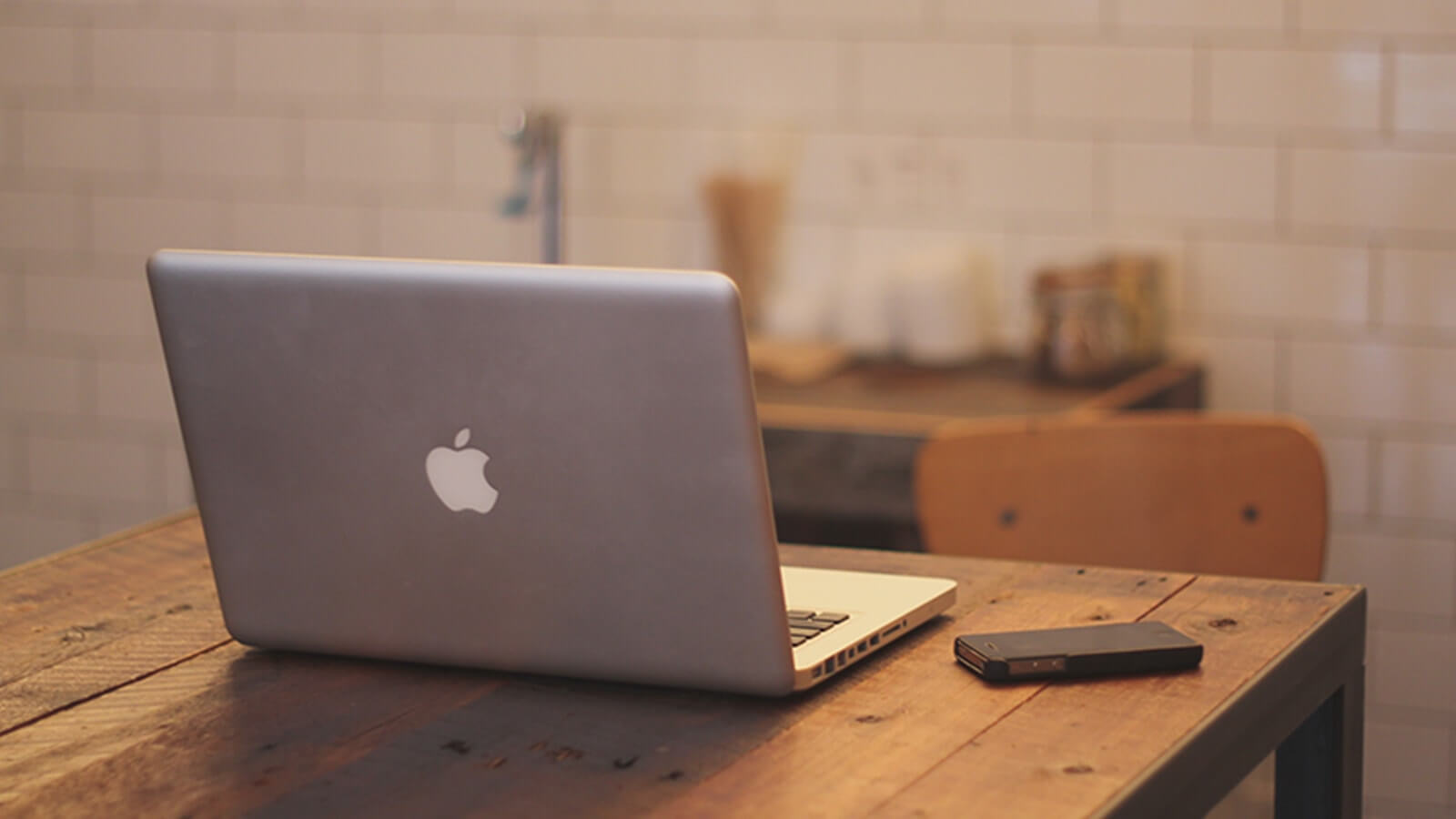 iPhoneでミラーリング|Macでの設定方法を解説|スマブロ