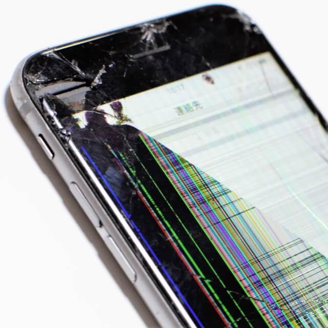 iPhone6s 液晶表示不良 2019年8月8日