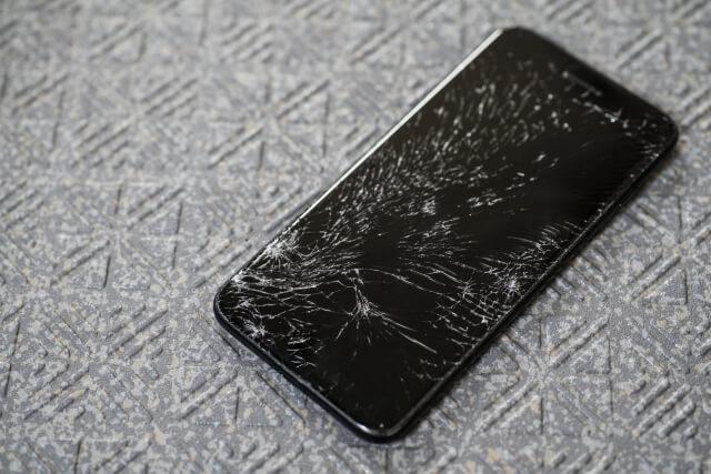 iPhone6S+ 液晶パネル修理 2019年12月2日