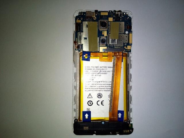 androidスマホ SOV35 バッテリー交換 2020年2月16日